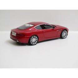 Aston Martin DB9 - 2005 *1/18*