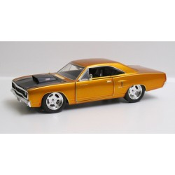 "Plymouth Road Runner - 1970 ""Fast & Furious"" *1/24*"