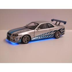 Nissan Skyline GT-R (R34) -...