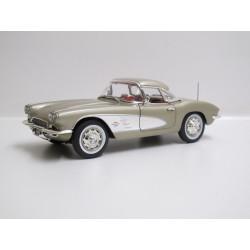 Chevrolet Corvette - 1961...