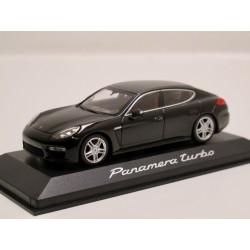 Porsche Panamera Turbo -...